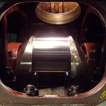 6 crankshaft journal polished completed